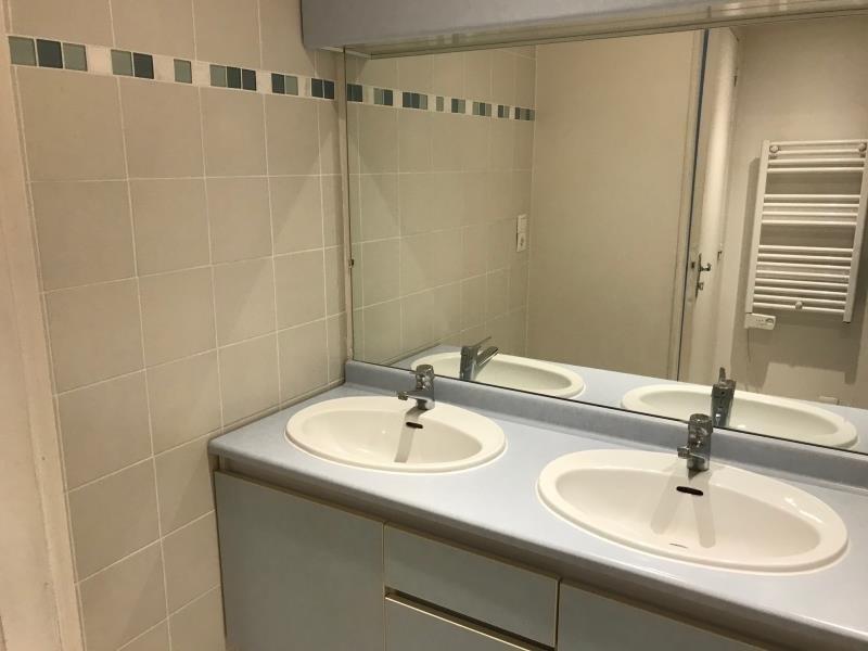 Verkoop  appartement Buc 235000€ - Foto 4