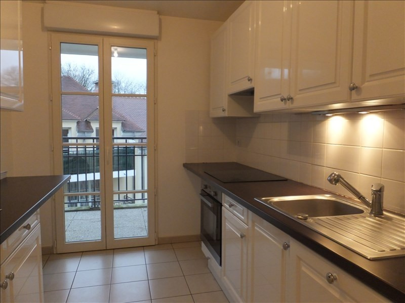 Rental apartment Buc 1530€ CC - Picture 1