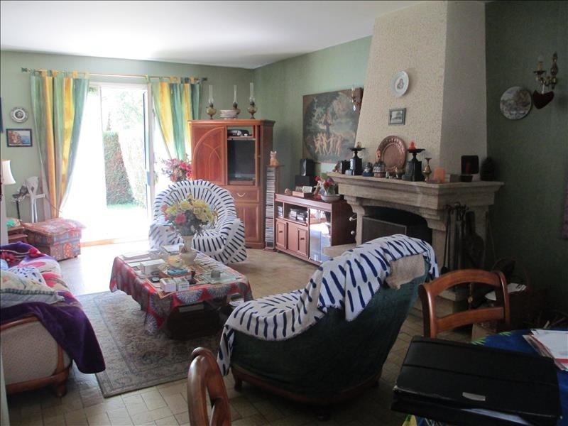 Sale house / villa Cires les mello 230000€ - Picture 3