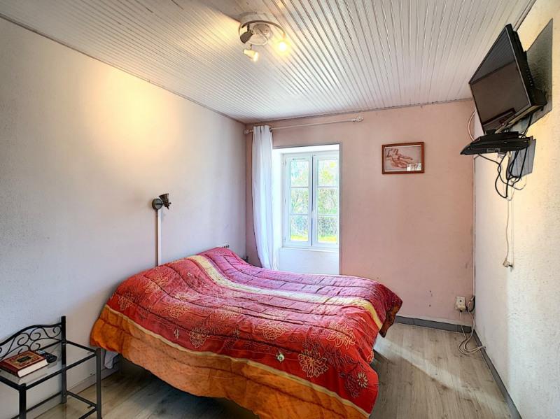 Sale house / villa Commequiers 243800€ - Picture 4