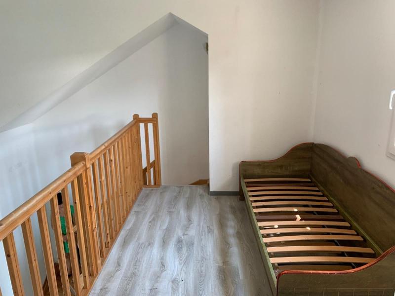 Sale house / villa Saint-geniez-d_olt 57350€ - Picture 4