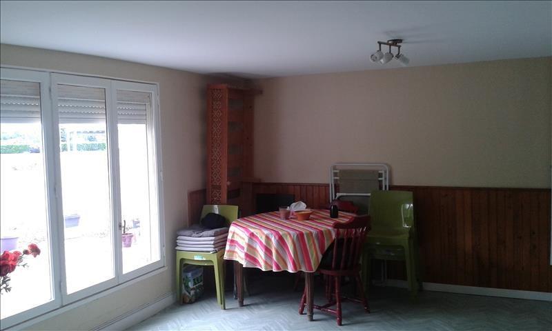 Rental house / villa Aiffres 705€ CC - Picture 9