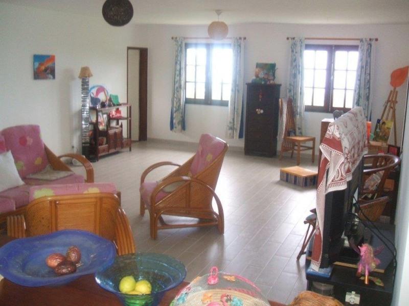 Sale house / villa Ste marie 299000€ - Picture 2