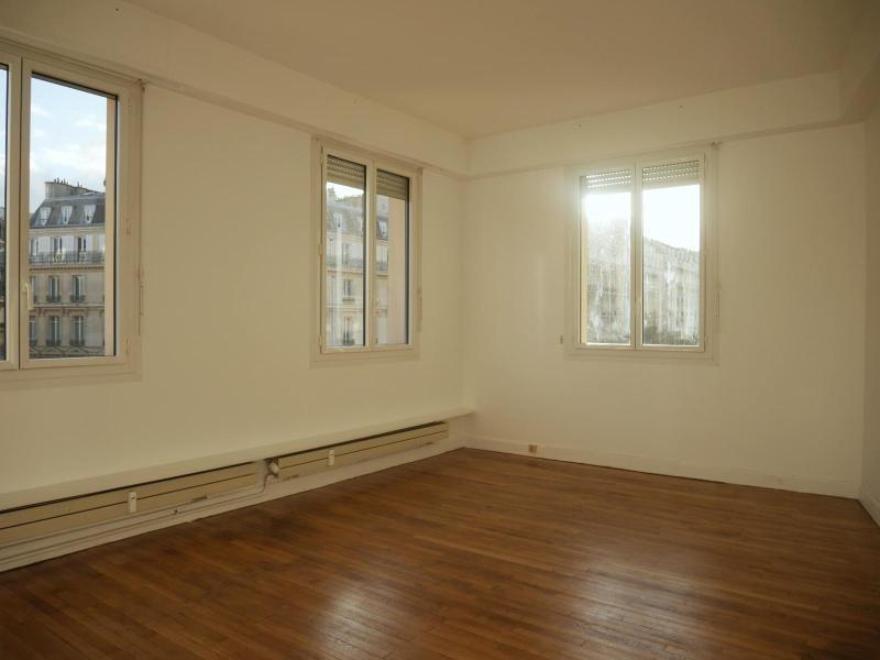 Location appartement Paris 8ème 1250€ CC - Photo 2