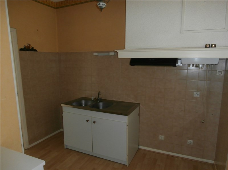 Rental apartment Secteur de mazamet 460€ CC - Picture 4