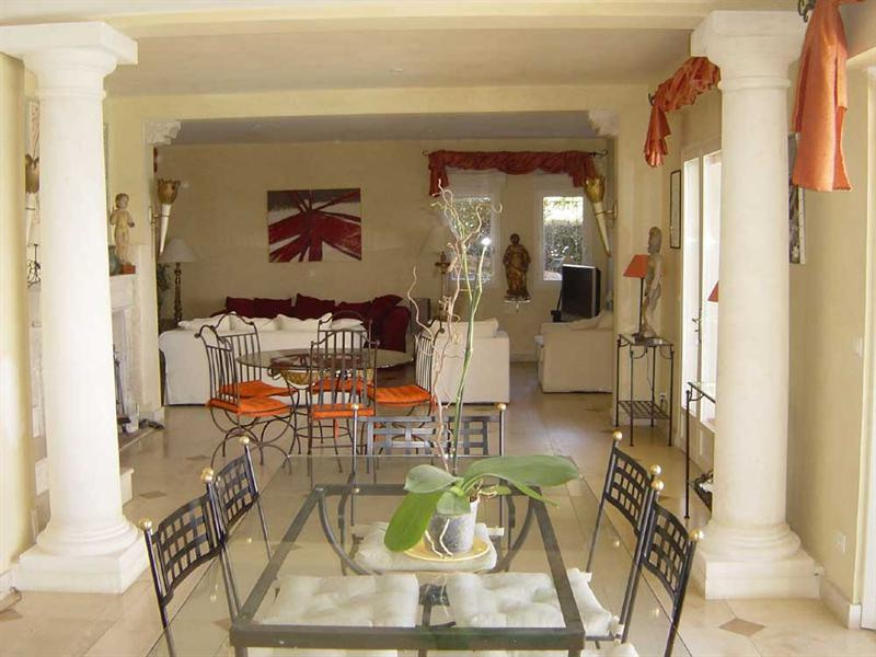 Vacation rental house / villa Cavalaire sur mer 5 500€ - Picture 5