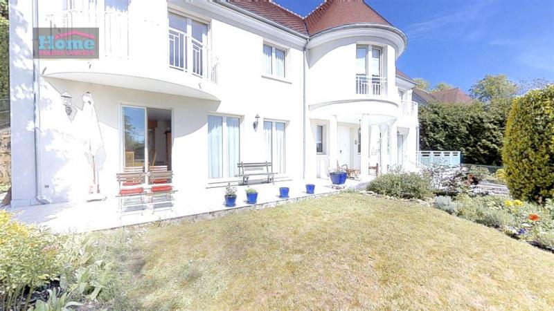 Deluxe sale house / villa Le mesnil le roi 1140000€ - Picture 1