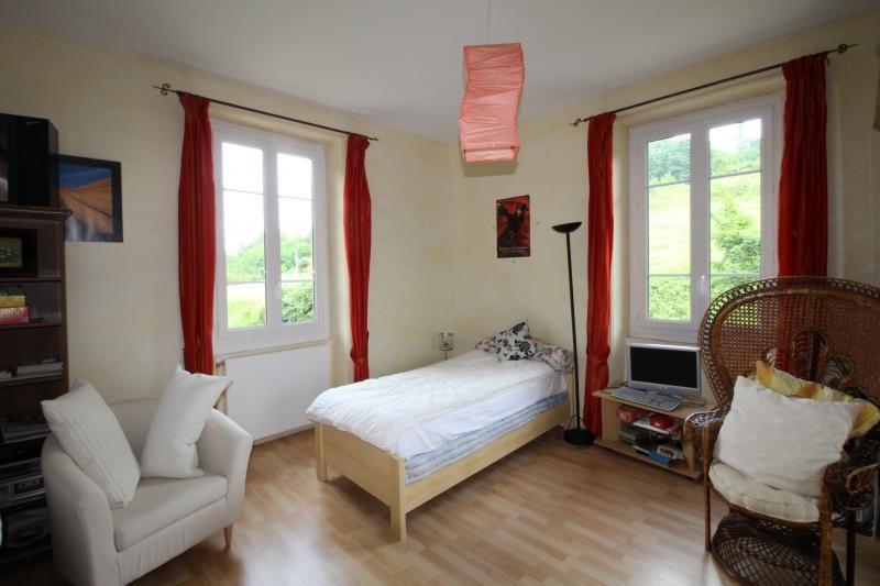 Vente maison / villa St genix sur guiers 272000€ - Photo 7