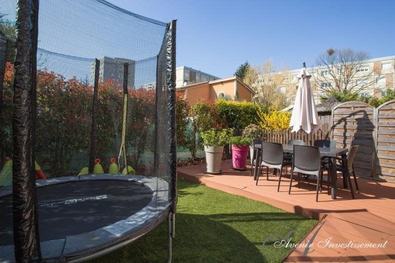 Sale house / villa Villeurbanne 279000€ - Picture 8