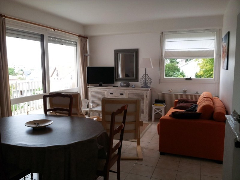 Location appartement Royan 647€ CC - Photo 2