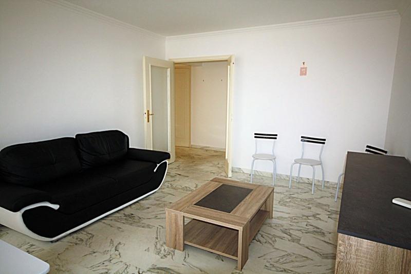 Vacation rental apartment Juan-les-pins 1150€ - Picture 2