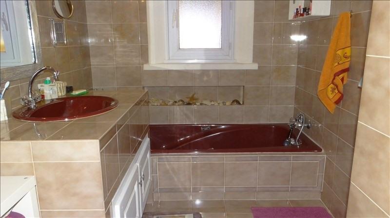 Deluxe sale house / villa Cavalaire sur mer 699000€ - Picture 9