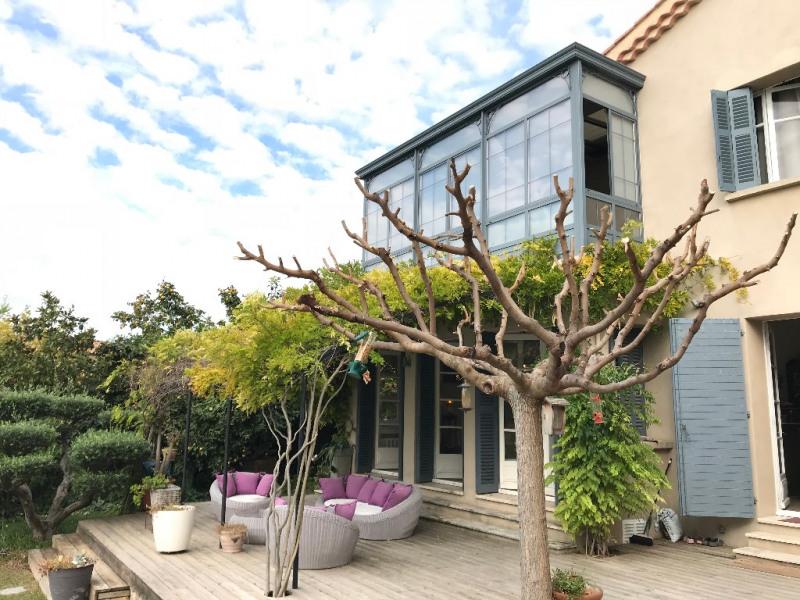 Deluxe sale house / villa Aix en provence 1250000€ - Picture 2