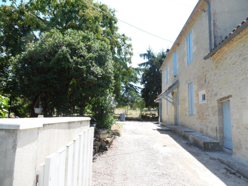 Location maison / villa Fontet 630€ CC - Photo 6