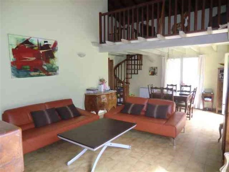 Sale house / villa Pompertuzat 355 000€ - Picture 2
