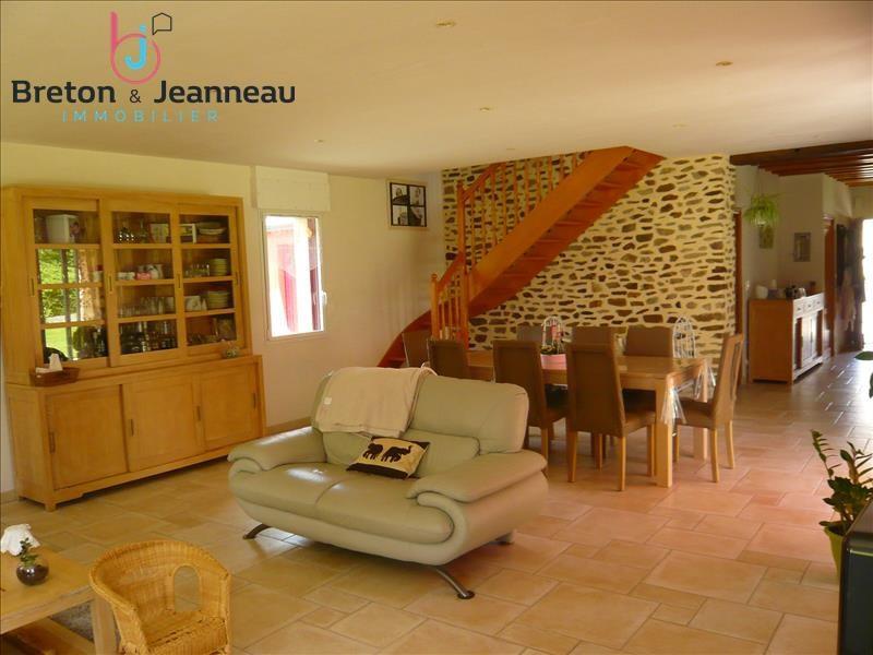 Sale house / villa Quelaines st gault 374400€ - Picture 3