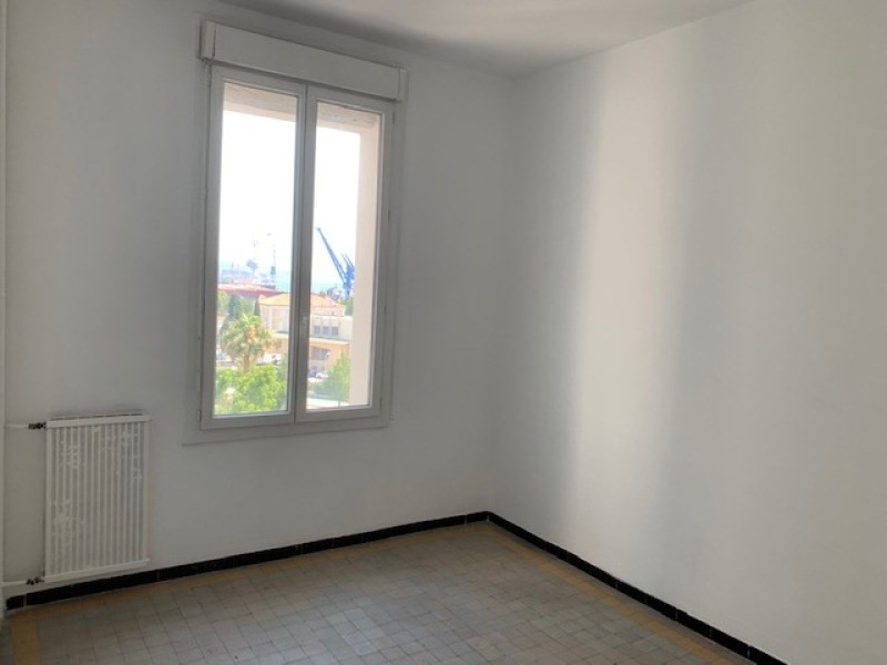Rental apartment Toulon 480€ CC - Picture 4