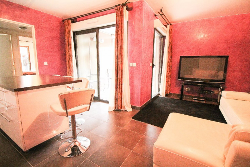 Sale apartment Nice 371 000€ - Picture 2