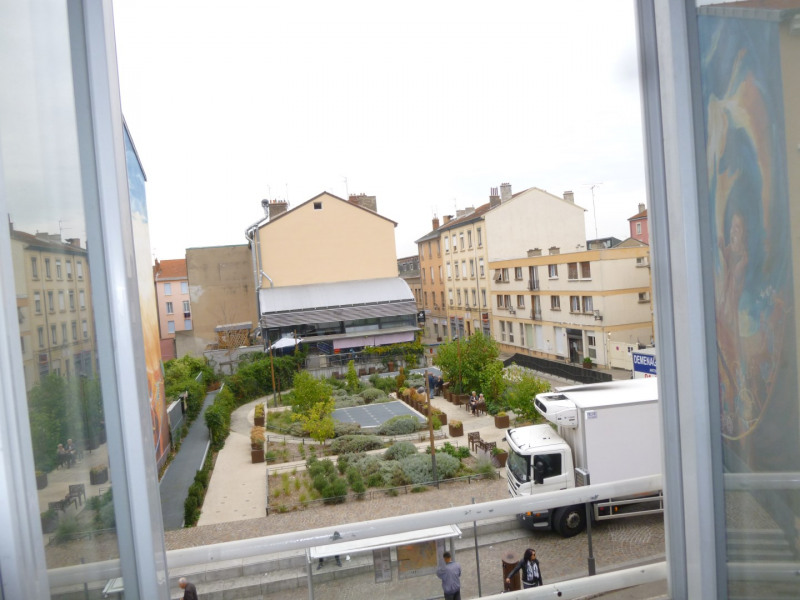 Location appartement Oullins 490€ CC - Photo 4