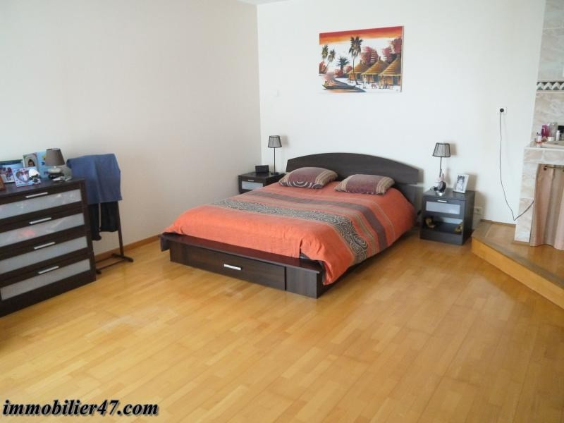 Sale house / villa Colayrac st cirq 319000€ - Picture 7