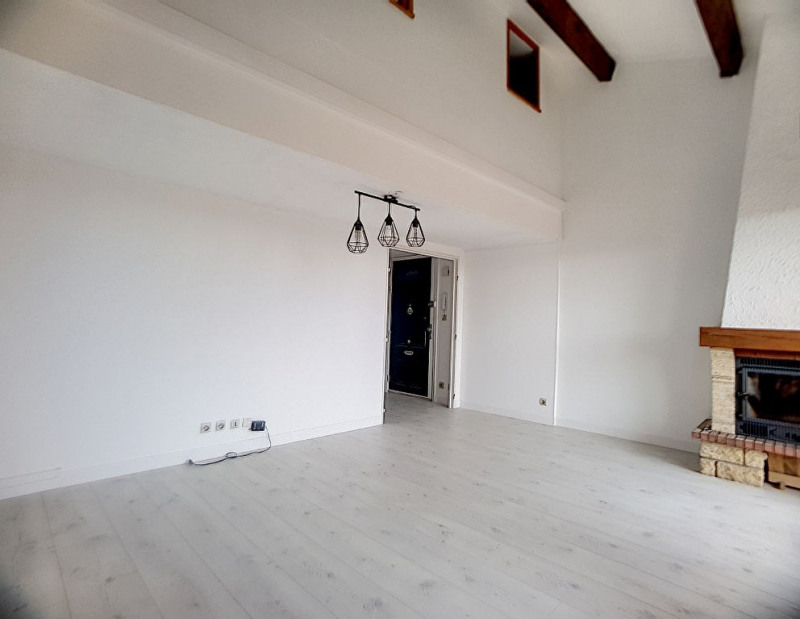 Vente appartement Saint laurent du var 390000€ - Photo 1