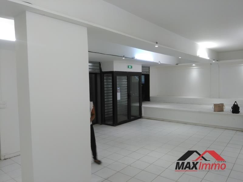 Location local commercial St denis 1 050€ HT/HC - Photo 1