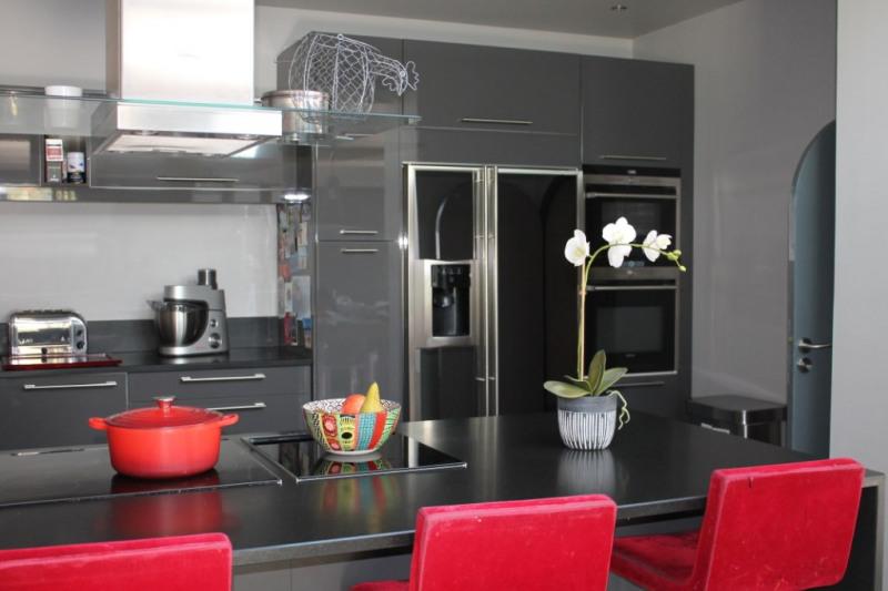 Sale house / villa Montfort-l'amaury 945000€ - Picture 7