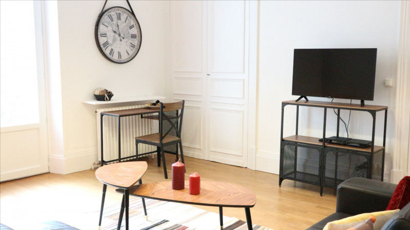 Location appartement Fontainebleau 2 300€ CC - Photo 4