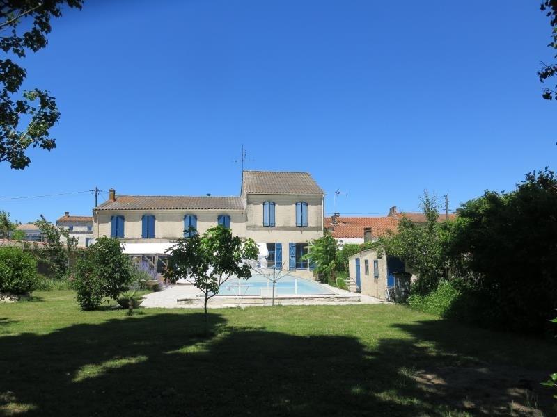 Vente de prestige maison / villa Rochefort 561600€ - Photo 1