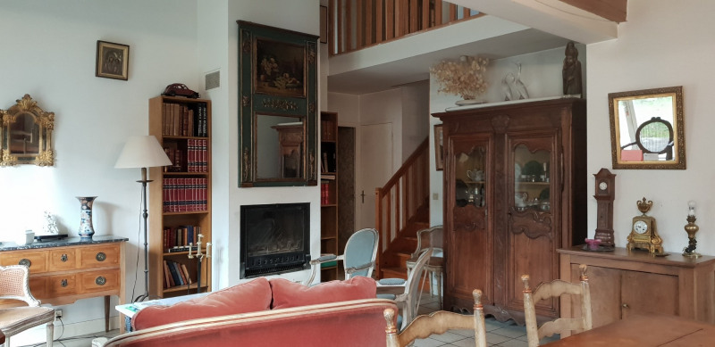 Sale house / villa Le plessis-robinson 750000€ - Picture 2