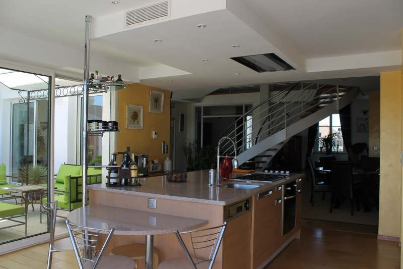 Deluxe sale apartment Pau 685 000€ - Picture 3