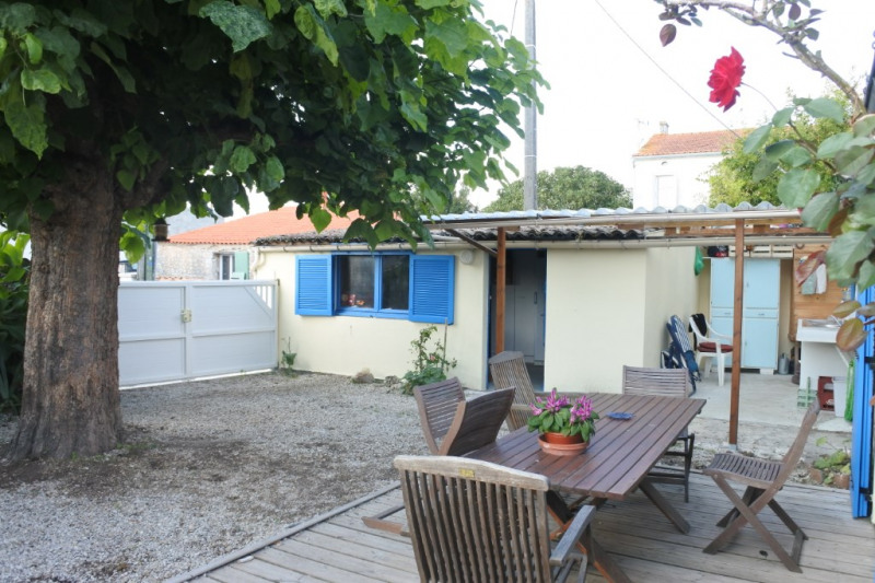 Sale house / villa Saint just luzac 186170€ - Picture 12