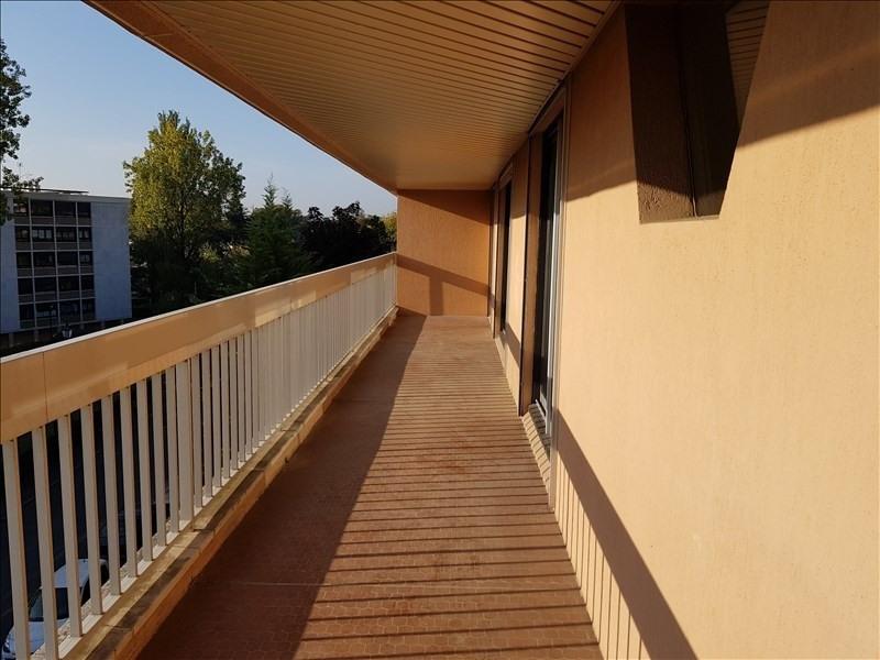 Rental apartment Verrieres le buisson 1390€ CC - Picture 1