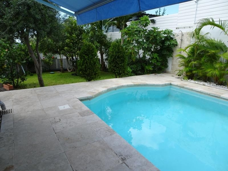 Deluxe sale house / villa La possession 570 000€ - Picture 6