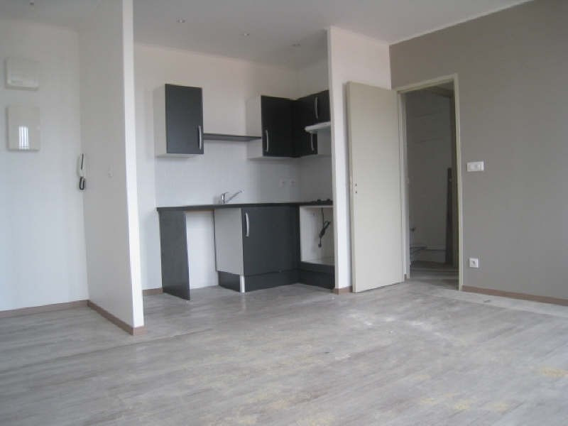Location appartement Carcassonne 462€ CC - Photo 1