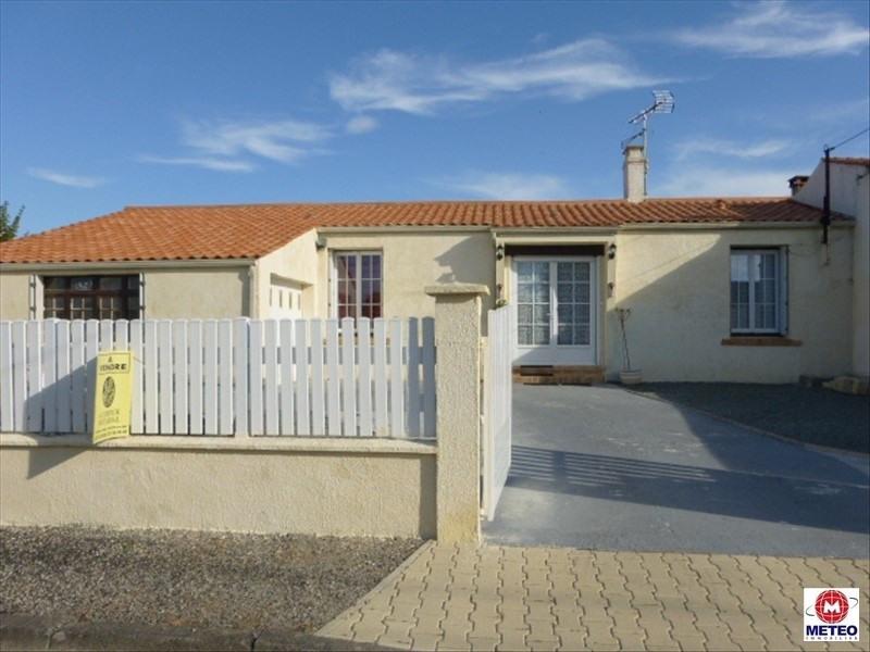 Vente maison / villa St denis du payre 159750€ - Photo 1