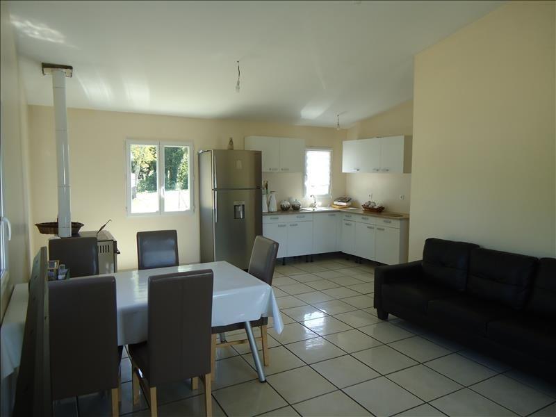Sale house / villa Preignac 80112€ - Picture 1