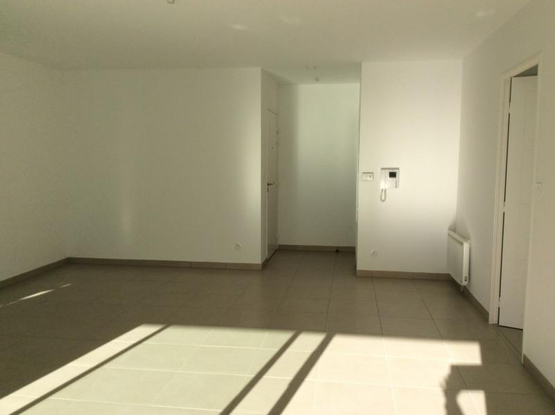 Rental apartment Fréjus 1265€ CC - Picture 6