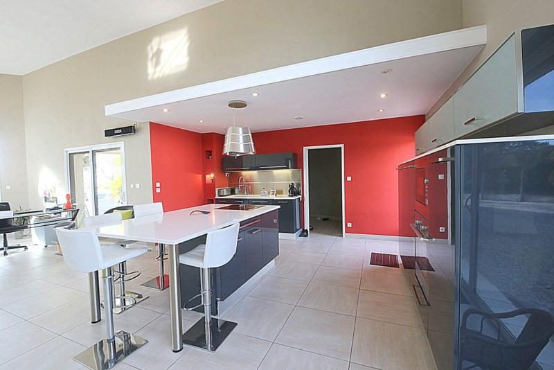 Deluxe sale house / villa Le fenouiller 676000€ - Picture 4