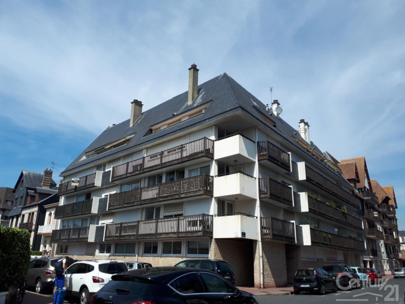 Sale apartment Deauville 213 000€ - Picture 1