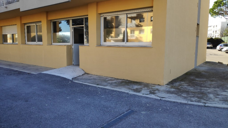 Rental empty room/storage Cagnes sur mer 820€ CC - Picture 3