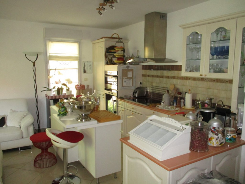 Vendita appartamento Hyeres 349650€ - Fotografia 5