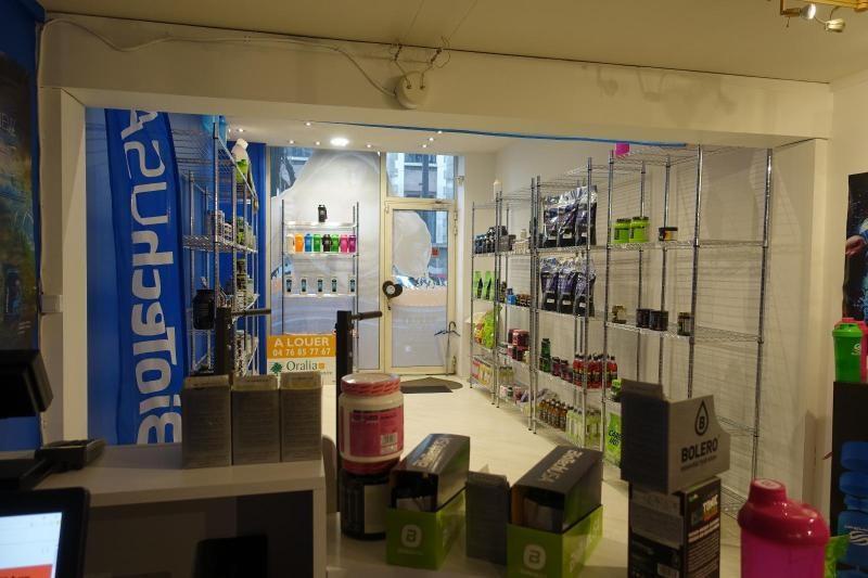 Location boutique Grenoble 807€ CC - Photo 3