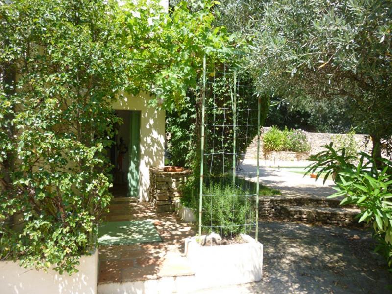 Deluxe sale house / villa Nimes 598000€ - Picture 2