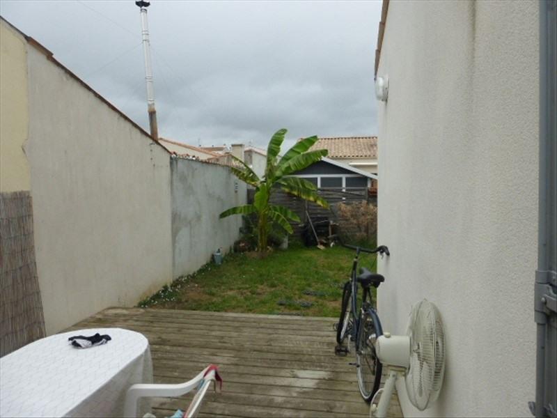 Vente maison / villa Rochefort 180000€ - Photo 4