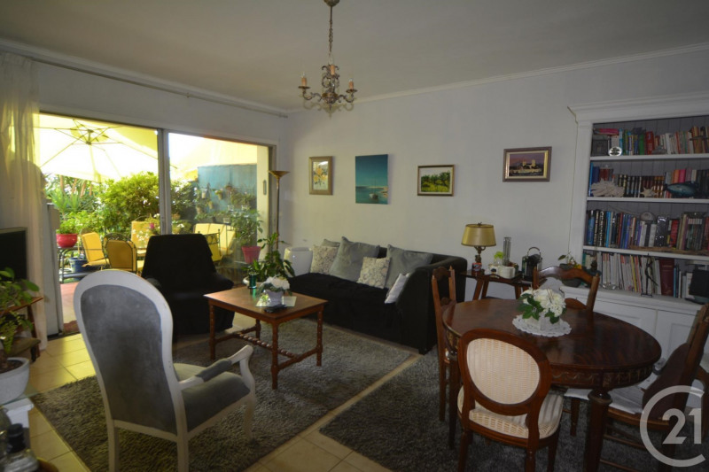 Sale apartment Antibes 397500€ - Picture 4