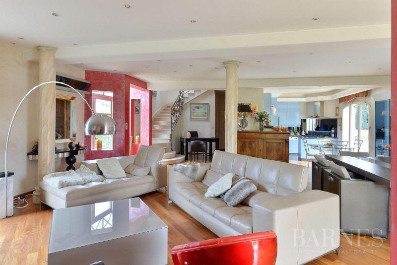 Deluxe sale house / villa Saint-bonnet-de-mure 649000€ - Picture 2