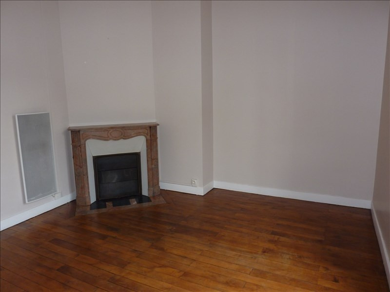 Rental apartment Vendome 395€ CC - Picture 4