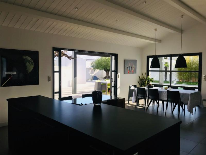 Deluxe sale house / villa Saint rogatien 884000€ - Picture 2