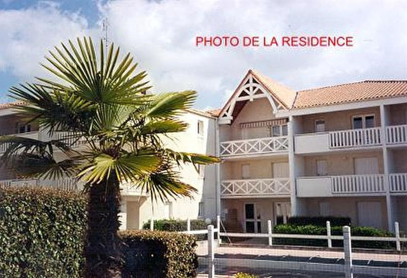 Sale apartment Vaux sur mer 87 740€ - Picture 1